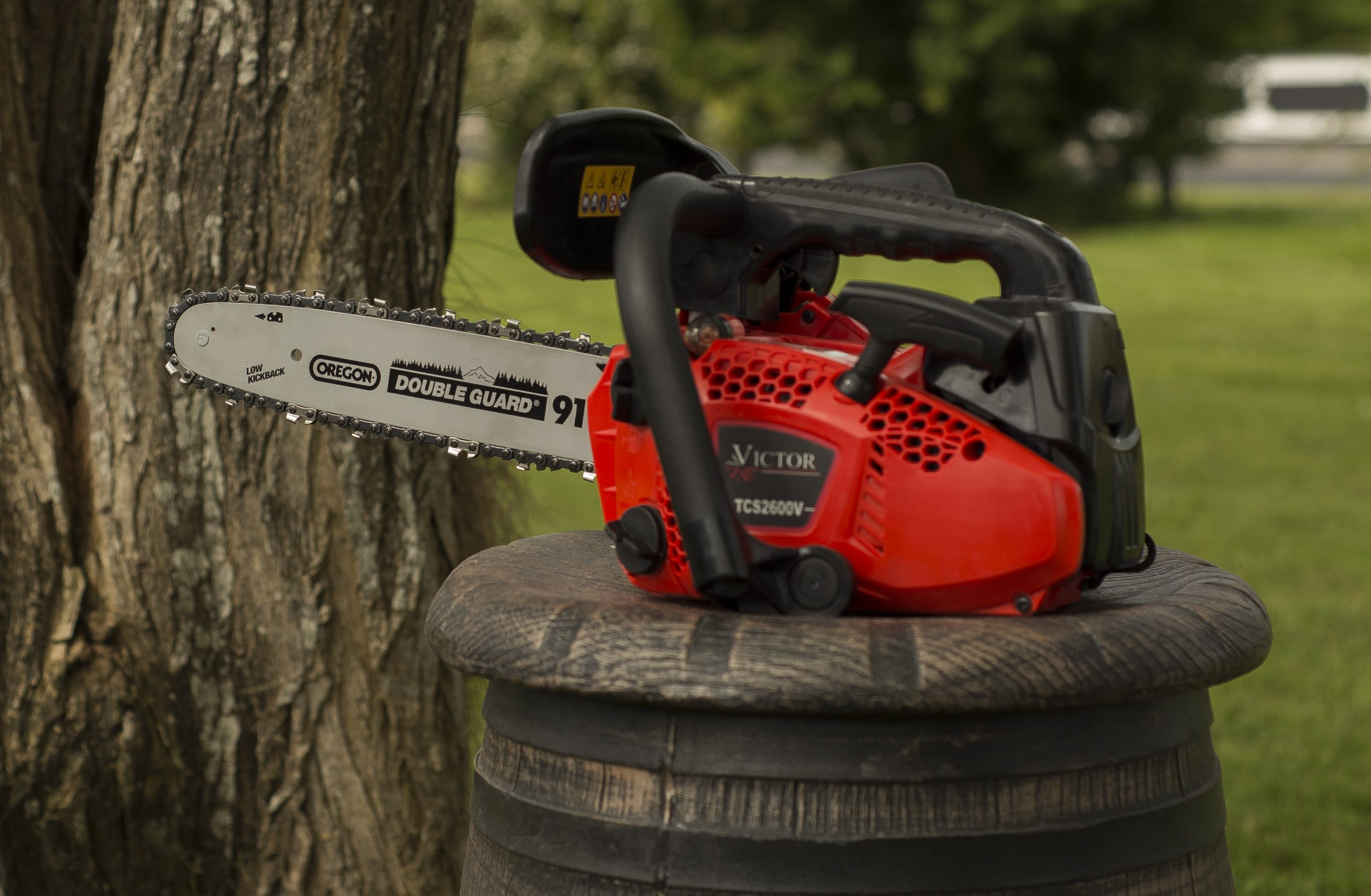VICTOR Chainsaw TCS2600-VIC